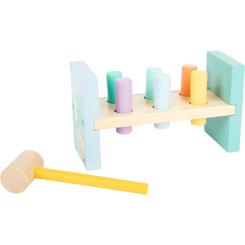 Hammering Bench Pastel